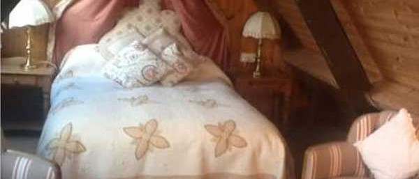 Cosy double en-suite bedroom